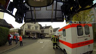 Download [special Video] Wenn die Feuerwehr selber Hand anlegen muss - Rettungswagen steht im Weg Video