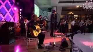 Download Tim McGraw Surprises Bride at a BVTLive, Jellyroll Wedding Video