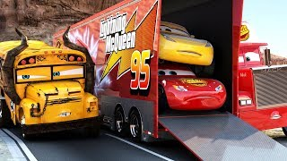 Download Lightning McQueen CHALLENGES Miss Fritter to a real Race - WINNER GETS BUNCH OF OIL Disney Cars 3 Video