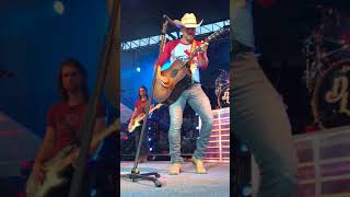 Download Dustin Lynch ″Why We Call Each Other″ Kalispell, MT Video