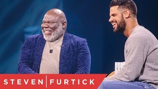 Download How To Build Your Vision From The Ground Up - Q&A With Bishop T.D. Jakes Video