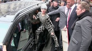 Download Lady Gaga greets her fans and give them flowers in Paris Video