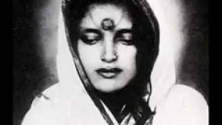 Download Snatam Kaur - Servant of Peace - Anandamayi Ma Video