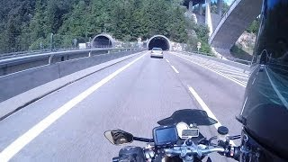 Download BMW S1000Rs - Akrapovic Evolution Titanium/Carbon - Tunnels Video