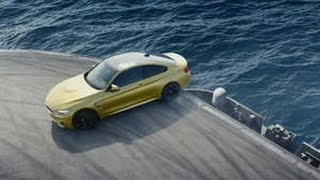 Download Découvrez la BMW M4 faire des drifts impressionnants... sur un porte-avion ! Video
