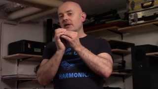 Download Thomas Hippe - Blues Harp / Mundharmonika - Bending part I (die Technik) Video
