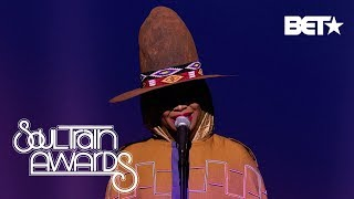 Download ERYKAH BADU PERFORMS A MEDLEY THAT TOUCHES OUR SOULS | Soul Train Awards 2018 Video