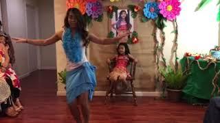 Download Ashley dances Te Vaka - Logo Te Pate Video