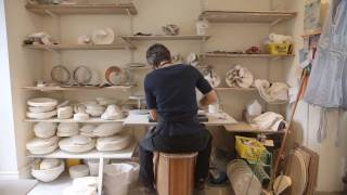 Download Shaping Ceramics: ceramicists in action Video