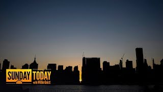 Download NYC Blackout: Power Back On After Parts Of Manhattan Go Dark | Sunday TODAY Video