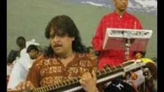 Download Rajesh Vaidya, Veena, Nagumomu.mpg Video