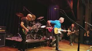 Download Private Concert - G4 2017 Joe Satriani, Tommy Emmanuel play ″Stevie's Blues″ and ″Johnny B Goode″ Video