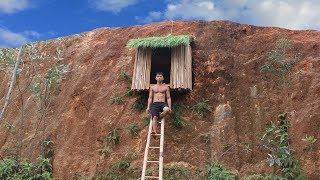 Download Build Undergroud Hut On The Cliff To Avoid Wildlife Video
