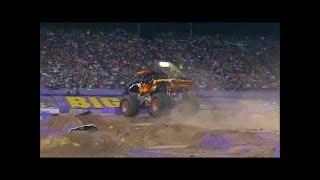Download El Toro Loco Freestyle - Monster Jam World Finals XV Video