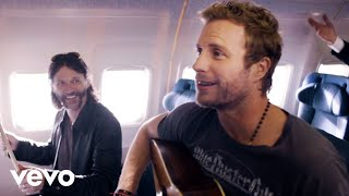 Download Dierks Bentley - Drunk On A Plane Video