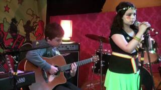 Download Acoustic Cover of Everlong Foo Fighters at Electric Picnic Ireland Video