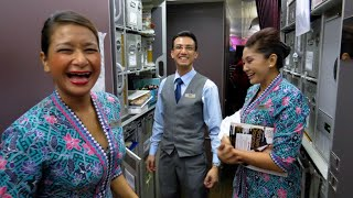 Download Malaysia Airlines A380 🇲🇾Kuala Lumpur to 🇬🇧London TOP NOTCH CABIN CREW Video