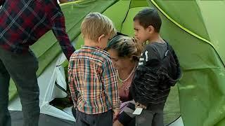 Download Toulouse : un campement de migrants installé devant l'entrée d'une école Video