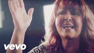 Download Shirley Carvalhaes - Esse Adorador (Videoclipe) Video