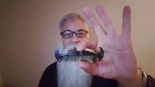 Download BEST COMBS & BRUSHES FOR A BIG BEARD, YEARD, OR YEARD+ Video