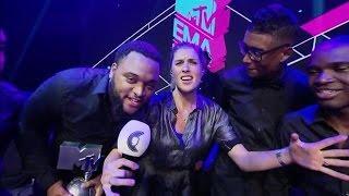 Download Broederliefde wint award voor de Best Dutch Act - RTL LATE NIGHT Video