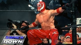Download Rey Mysterio makes his WWE debut against Chavo Guerrero: SmackDown, July 25, 2002 Video