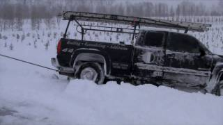 Download Truck, Snow, FAIL HD(truck wrecks in 4ft snow drift, loader barely pulls it out) Video