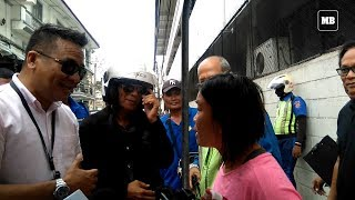 Download Woman tries to stop MMDA from towing her motorized food stall in Intramuros Video