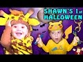 Download SHAWN'S FIRST HALLOWEEN! Dangerous Candy Addiction! (FUNnel Vision Family Costume Vlog) 2016 Video
