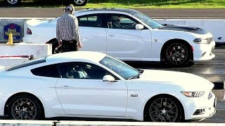 Download New 2017 Mustang GT vs Hellcat Charger-modern muscle drag race Video