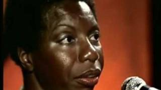 Download NINA SIMONE on DAVID BOWIE, JANIS JOPLIN and singing STARS( Live at Montreux, 1976) Video