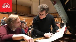 Download Ivo Kahánek, Bamberger Symphoniker, Jakub Hrůša - Dvořák & Martinů: Piano Concertos (full version) Video