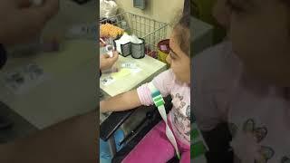 Download Helal sana melisa kan aldırırken hemşire ablasıyla sohbet ediyor Video