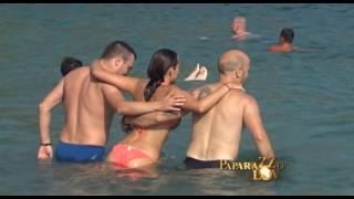 Download Uzavrele strasti Aleksandre Prijović i Filipa Živojinovića na plaži Video