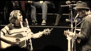 Download Norah Jones with Neil Young 'Down By The River' - Mountain View, CA - 25 October 2014 Video
