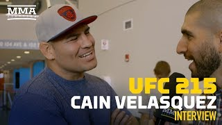 Download Cain Velasquez Doesn't Expect to Fight This Year, Hopeful He'll Be Healthy in 2018 - MMA Fighting Video