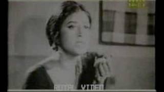 Download Mon Jodi Bhenge Jay Jak (Film- Jowar Bhata) Video