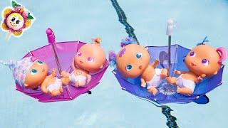 Download 🍓 Qué hacen LOS BEBÉS BELLIES DE PEPPA PIG Y PINYPON EN LA PISCINA! Se hacen barcos con sombrillas! Video