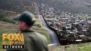 Download Mexico deploys 15K troops to US border: Report Video