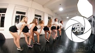 Download 360 Dance Girl 3D VR 4K В ПИТЕРЕ ДЕВУШКИ СНЯЛИСЬ В ....... 360 градусов)) Video