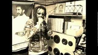 Download Revival Oldies Dubplate with Colonel Maxwell ″Teach dem″ Video