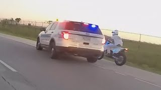 Download Motorcycle VS Cops Bike Run Off Road By Cop Car POLICE CHASE Bikes Running From Cops VS Bikers 2017 Video