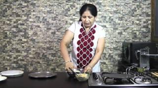 Download Stuffed Mooli Paratha Recipe - Mooli Paratha Recipe - Punjabi Mooli ka paratha Video