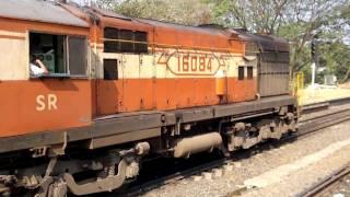 Download Parasuram Express arriving at Tirur and Ernakulam - Kannur Intercity Express leaving Tirur Video