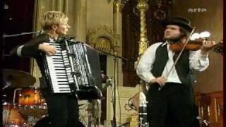 Download budapest klezmer band - emancipated klezmer Video