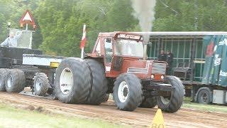 Download Fiat 1580 DT Pulling The Sledge at Pulling Event in Lyngså | Tractor Pulling Denmark Video