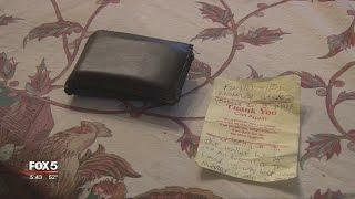 Download Stranger returns mans wallet untouched Video