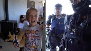 Download New Zealand Police Crash 5-Year-Old's Birthday Party After He Calls Them Video