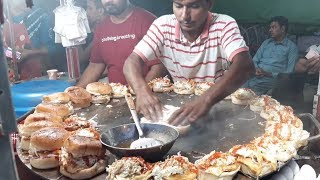 Download BURGER MAKING | Super Fast Cooking Skills | Egg Anda Bun Kabab at Street Food of Karachi Pakistan Video