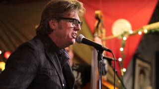 Download Chuck Mead & His Grassy Knoll Boys - The Devil By Their Side (Live in Nashville) Video